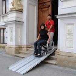 Nájazdové rampy pre invalidné vozíky