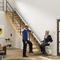 Stoličkovový výťah pre imobilných- Homeglide