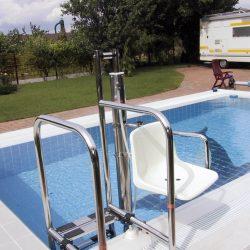 Bazénový zdvihák pre vozičkárov