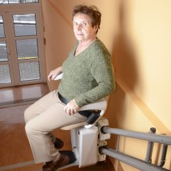 Domáce stoličkové výťahy pre osoby ZŤP - SA-Alfa