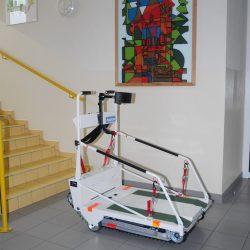 Mobilná plošina (pásový schodolez) pre ZŤP