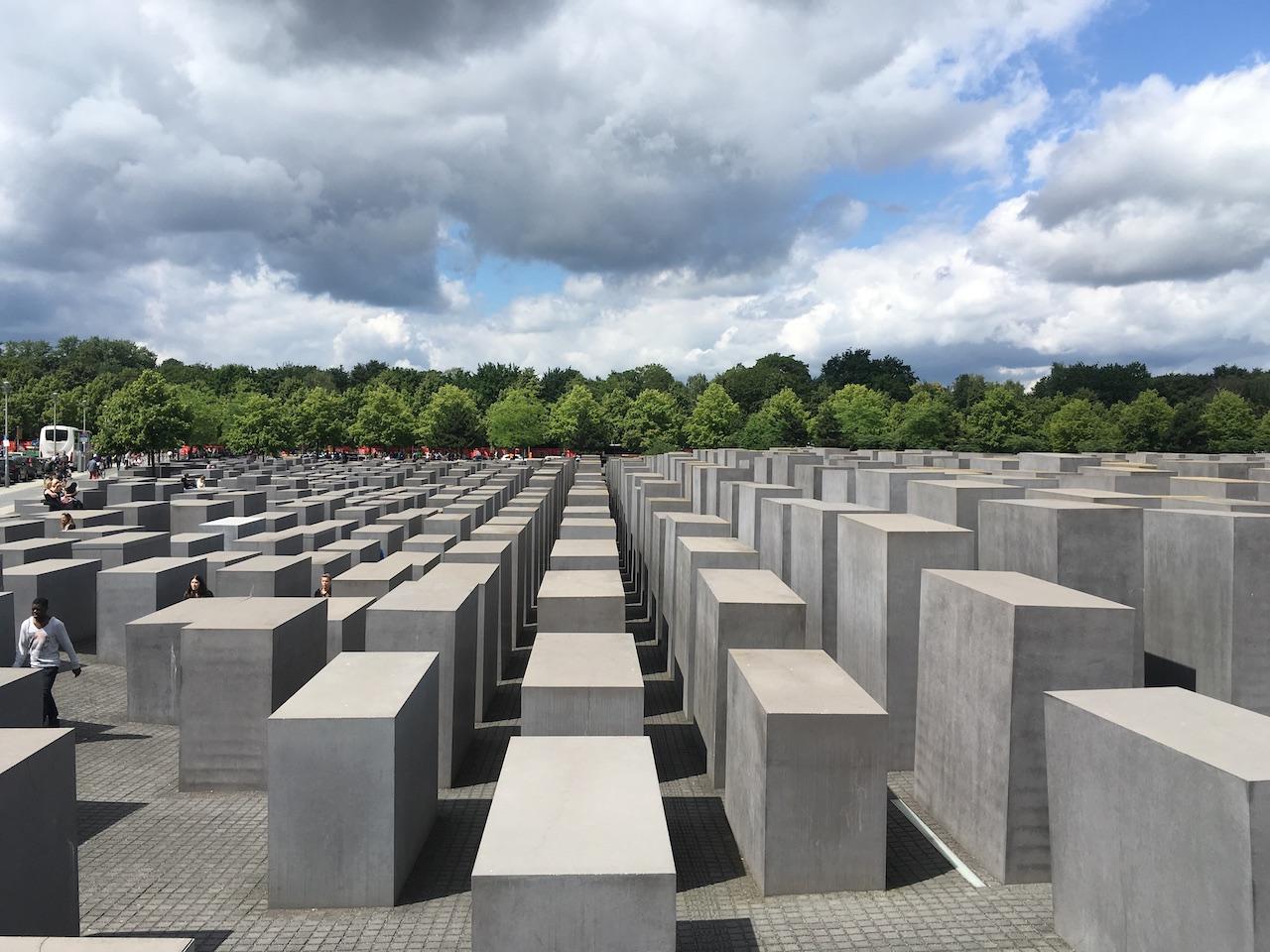Holocaust Memorial – pomník zavraždeným Židom FOTO - archív MR