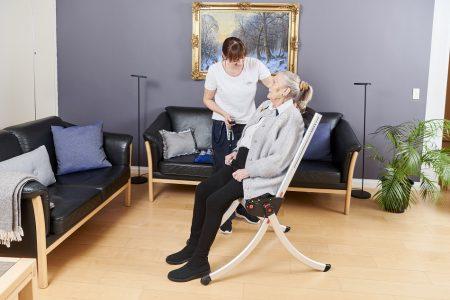 Zdvíhacia stolička pre seniorov
