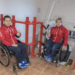 Rado a Veronika si vyskúšali našu schodiskovú plošinu SP-Stratos