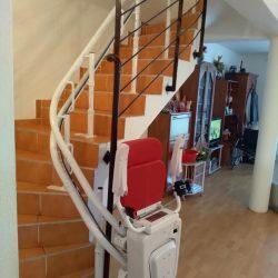 Montáž stoličkového výťahu v Dunajskej lužnej