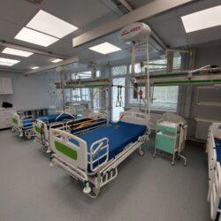 Montáž stropných zdvihákov v Kysuckej nemocnici v Čadci